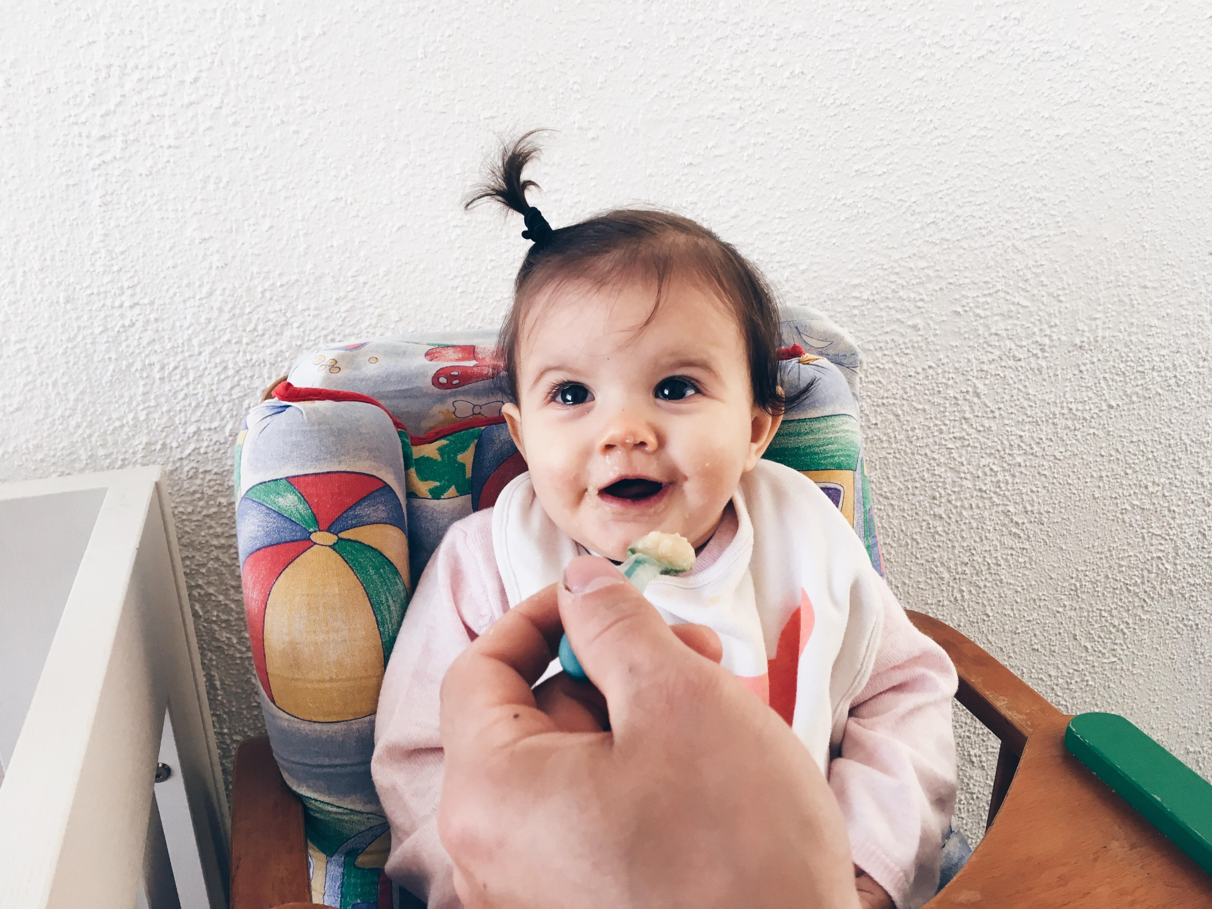Voedingsschema van een baby van 9 maanden oud